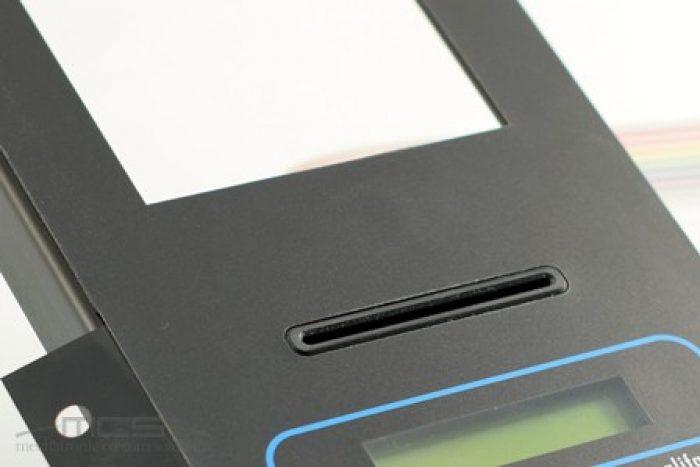 Particolare tastiera a membrana con supporto