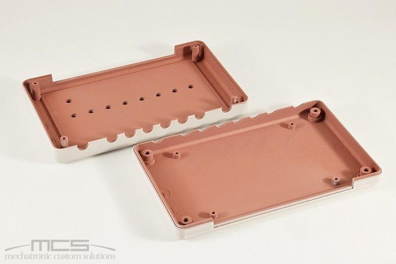 Vernice conduttiva al rame per la schermatira elettromagnetica di contenitori in plastica - 2
