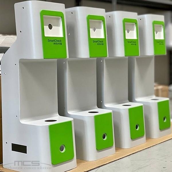 Contenitori metallici custom per strumenti di laboratorio in ambito enologico - 1
