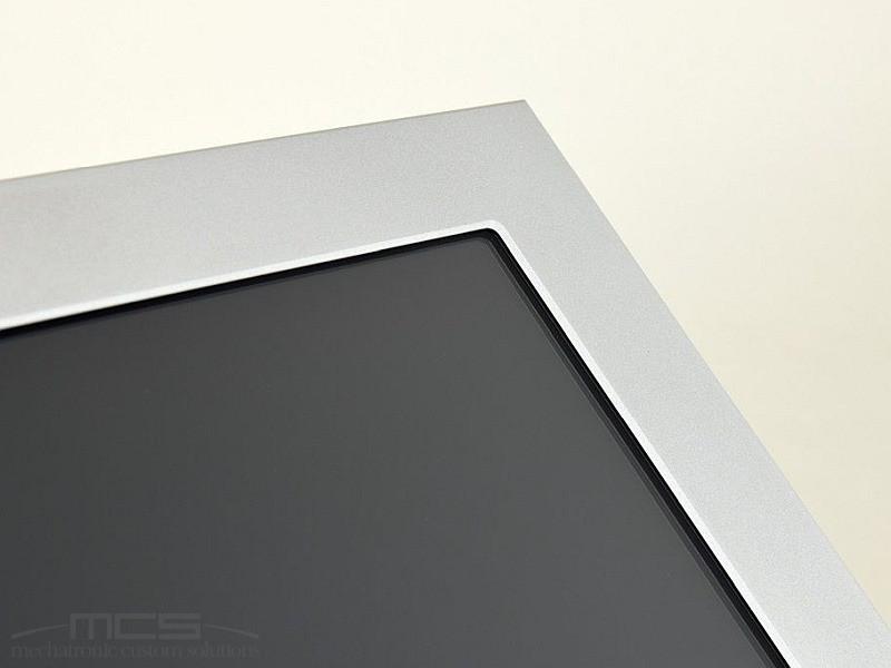 Cornici per display LCD - un dettaglio che può valorizzare il tuo prodotto - 2